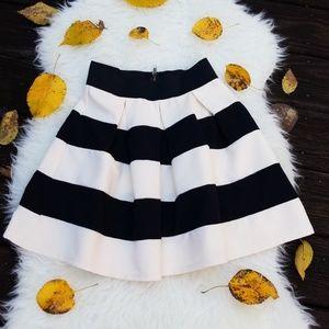 Dresses & Skirts - Black and Creme Skirt